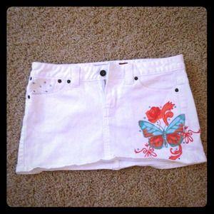 Guess Dresses & Skirts - Guess white mini skirt