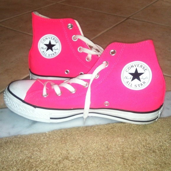 7a33c773e796 Converse Shoes - Hot pink high top converse! 💖