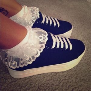 Accessories - 🌸SOLD🌸 Frilly Ankle Socks