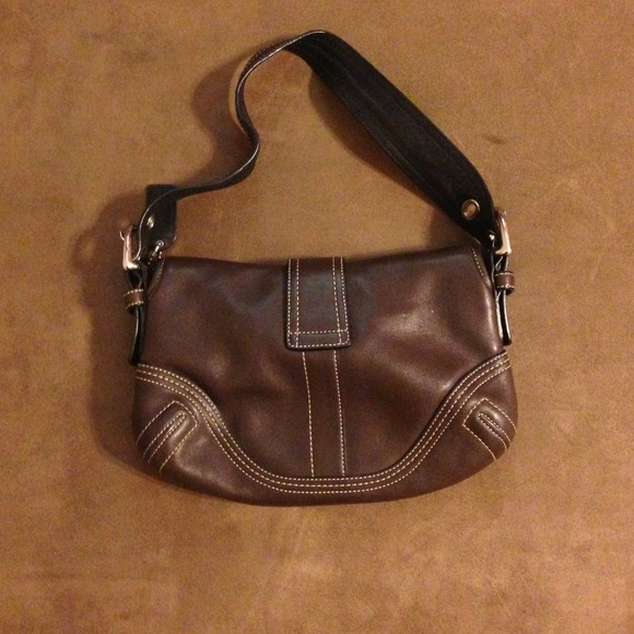 94 off coach handbags leather coach bag authentic from