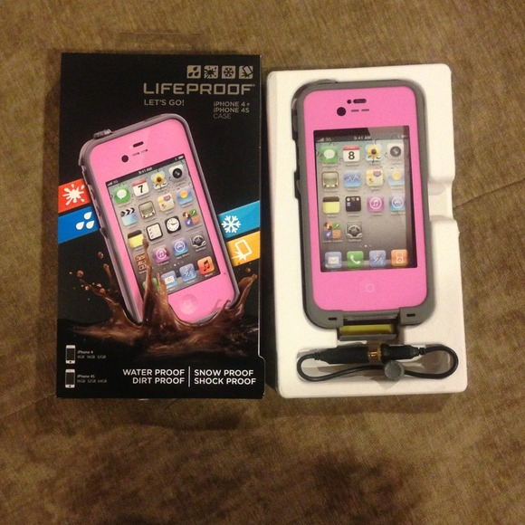 c0816a188 Lifeproof Accessories - Lifeproof case for iPhone 4/4s PINK