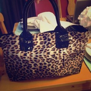 black cheetah print purse