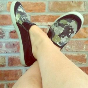 keds Shoes - Slip on flats