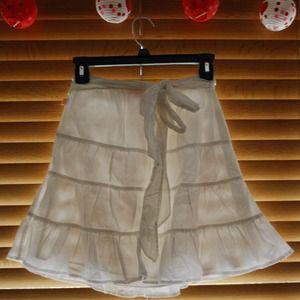 Hollister flowy white cotton skirt w/ floral sash