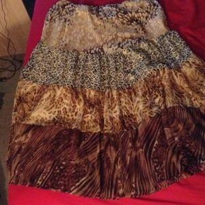 Plus size long leopard skirt
