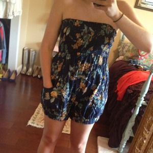 Xhilaration Dresses & Skirts - Floral romper