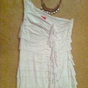 White One-Shoulder Tiered Boutique Top Medium