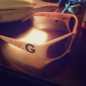 d&g white sunglasses