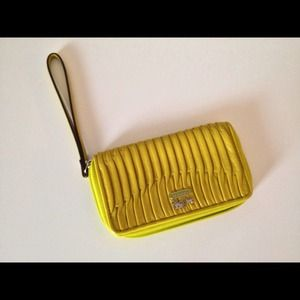 Coach Madison leather gathered wallet/wristlet!