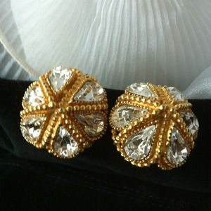 Beautiful Vintage Clip-On Earrings