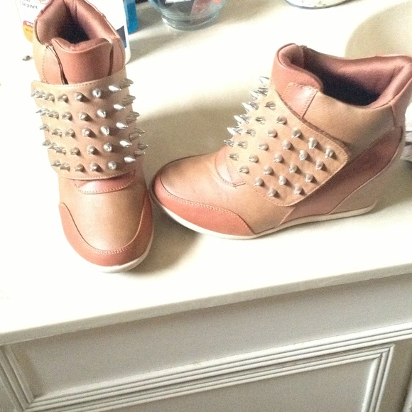 Shoes Tan Sneaker Wedges Trade Pending Poshmark
