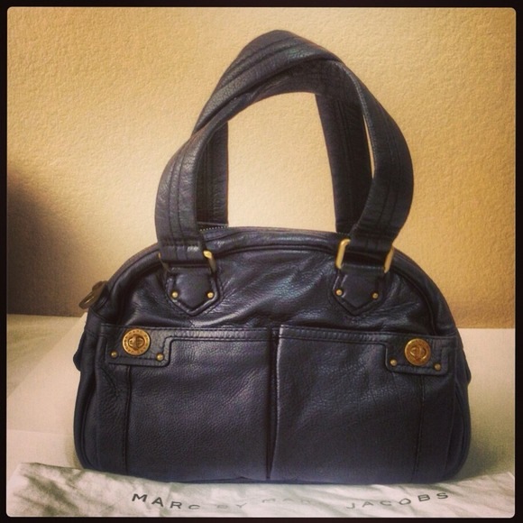 0e87017b0d38 Marc Jacobs Totally Turnlock Bowler Bag
