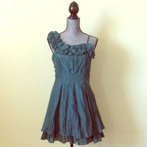 New Green One Shoulder Flirty Dress