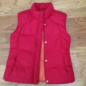 ✨Reduced✨ Red bubble vest