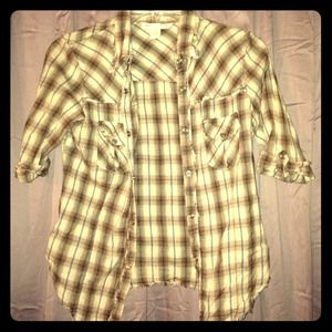 Tops - ✂Price Brown plaid 3/4 sleeve shirt with snaps