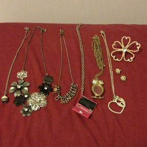 BUNDLE!!!! Necklaces, earrings, and rings!
