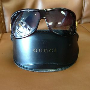 💯AUTH GUCCI BROWN BAMBOO SUNNIES