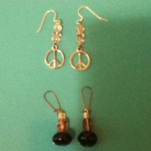 Earrings: Prices are negotiable!!!:)