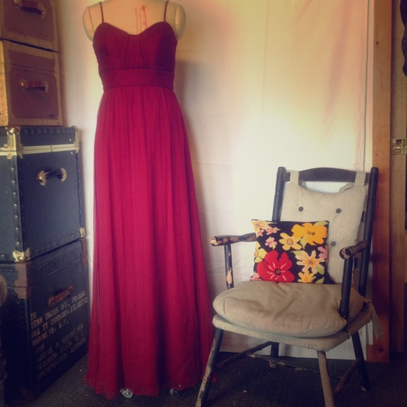 82 Off Amsale Dresses Amp Skirts Cranberry Red Silk