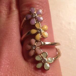 Forever 21 Size 8 Flower Ring