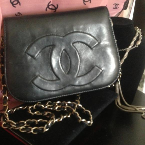 Chanel Vintage Double Flap Shoulder Bag 42
