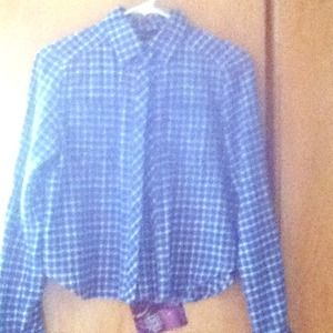 Long sleeves cropped flannel