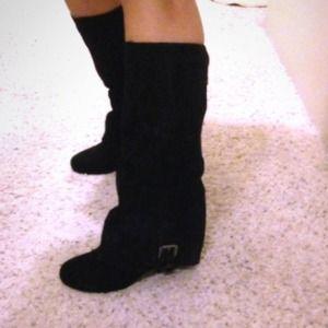 Black suede steve madden boots!