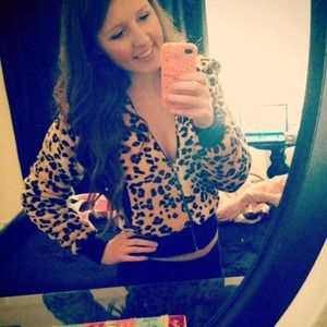 Cheetah print fuzzy jacket from forever 21!