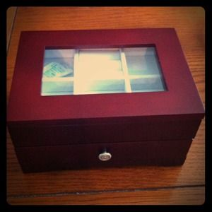 Jewelry - ON HOLD Jewelry Box