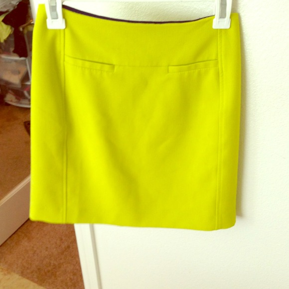 LOFT Dresses & Skirts - 🎉HOST PICK🎉BRAND NEW❗ LOFT neon mini skirt.