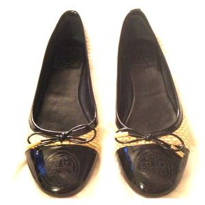 SALEHOST PICKTory Burch flats SZ 6.5