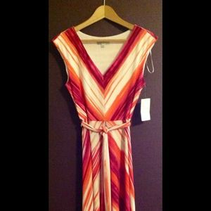 Dresses & Skirts - Gorgeous melon colors. dress, for all occasions!