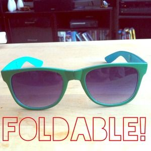 Accessories - Foldable sunglasses!