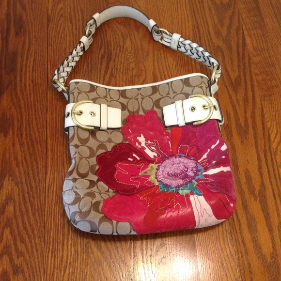 Coach bags flower purse poshmark flower coach purse mightylinksfo