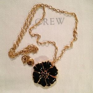 J Crew Flower Pendant Necklace ❤