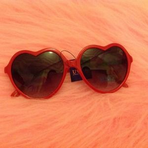 ❤ Red Heart Sunglasses ❤