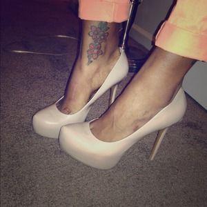 Steve Madden Shoes - ☑ 🔴S O L D 🔴☑ Blush Steve Madden Pumps