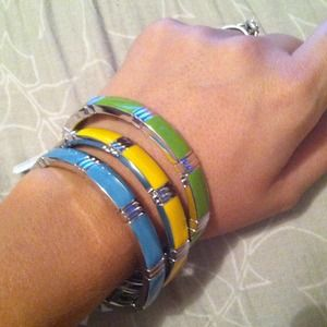 Accessories - 💢💢REDUCED💢💢Fun lia Sophia bangles!