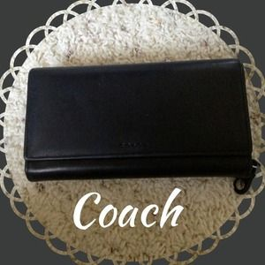 Authentic COACH Legacy wallet