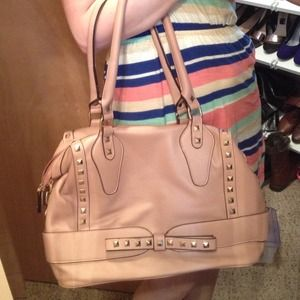 **Host Pick** NWOT Studded blush bag with bow
