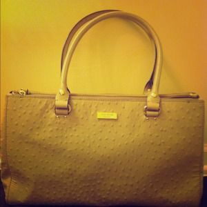 KATE SPADE  Wellesley Ostrich Grey Handbag