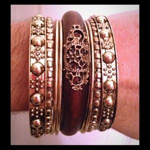 Kristee P Jewelry - Retro Style Wood Carving Bangles! ALL for ONLY $23