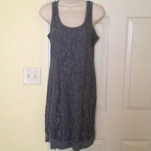 The limited xs gray lace dress