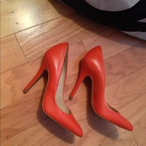 Zara Shoes - 🚫❌Sold❌🚫Zara orange court heel pump