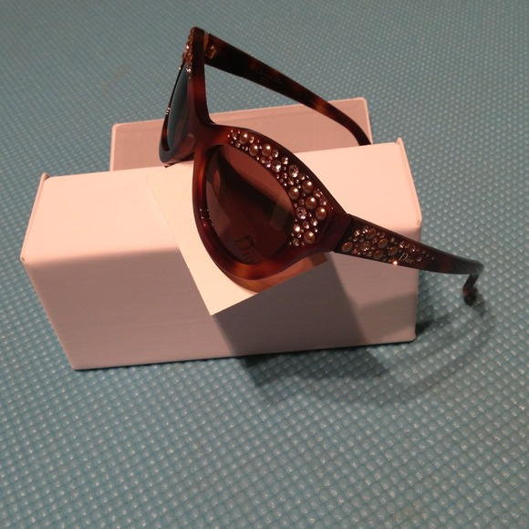 Dior Accessories - Dior Brillance (Edition Limitee) sunglasses