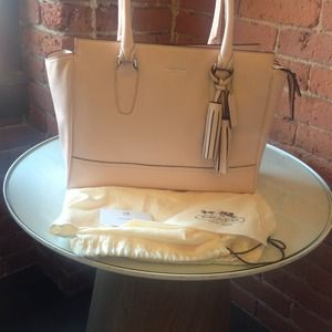 Coach Handbags - SOLD Coach Legacy Candace Carryall Light Pink