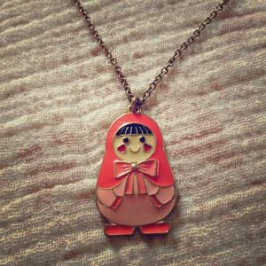 Jewelry - Coral doll necklace