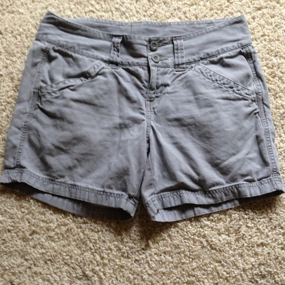 THE NORTH FACE shorts women s size 10 ✂REDUCED✂. M 51e5b33d0c1572550600e778 fa123261e