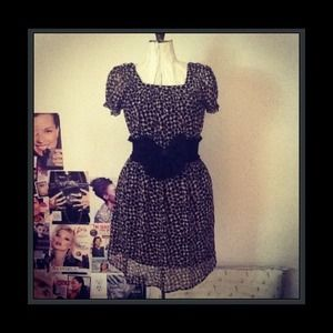 exhilaration Dresses & Skirts - Brown Print Short Dress with/out Black Bow Belt