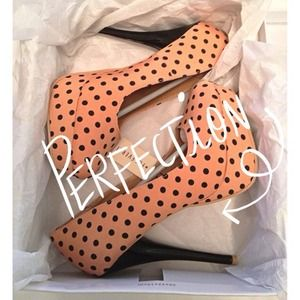 Forever 21 Shoes - 🚫SOLD🚫Polka Dot Platform Pumps